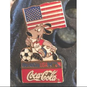 Other - ->4for$25 '94 COKE World Cup Soccer USA Dog Pin